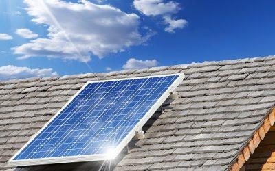 Frühjahrscheck Photovoltaik: Muss man die Solaranlage reinigen?